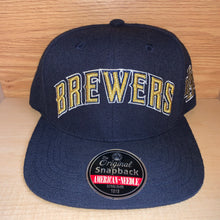 Load image into Gallery viewer, Vintage Style Milwaukee Brewers Hat