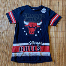 Load image into Gallery viewer, S - Chicago Bulls Retro Style Shirt