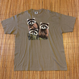 XL(See Measurements) - Vintage 90s Racoon Shirt