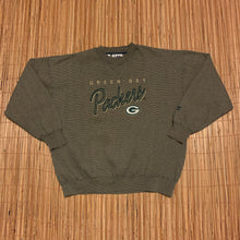 Load image into Gallery viewer, L/XXL(Wide) - Vintage Green Bay Packers Heavy Duty Sweater