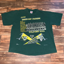 Load image into Gallery viewer, XL/XXL - Vintage Green Bay Packers 1966 Super Bowl Team Shirt