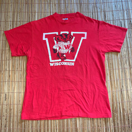 L - Vintage Wisconsin Badgers Shirt