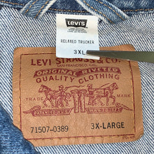 Load image into Gallery viewer, XXXL - Vintage Levi's Relaxed Trucker Jacket