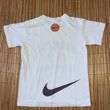 Load image into Gallery viewer, M - Vintage Oregon Nike Basketball Shirt