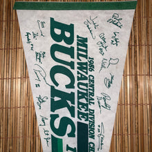 Load image into Gallery viewer, Vintage 1986 Bucks Pennant