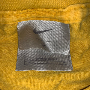 M - Nike Spellout Shirt