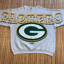 Load image into Gallery viewer, XL - Vintage 1996 Green Bay Packers Spellout Crewneck
