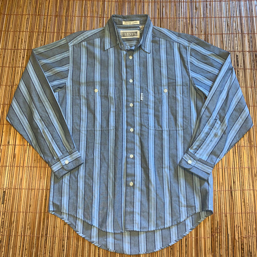 M - Vintage Levi's Silver Label Button Shirt