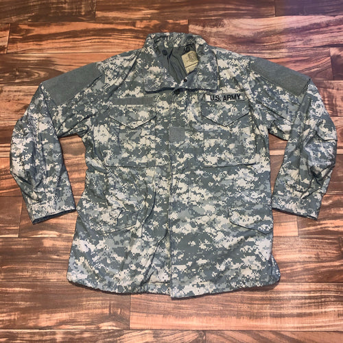 M - U.S. Army Cold Weather Camo Field Jacket