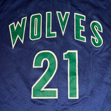 Load image into Gallery viewer, Size 44 - Vintage Kevin Garnett Timberwolves Champion Jersey