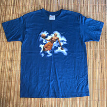 Load image into Gallery viewer, M - Vintage Nike Basketball Dunking Shirt