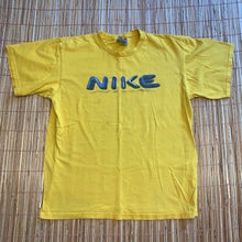 Load image into Gallery viewer, M - Nike Spellout Shirt