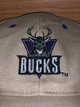 Load image into Gallery viewer, Milwaukee Bucks Hat