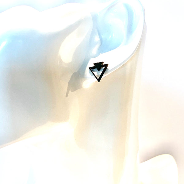 Two Triangle Earrings Black