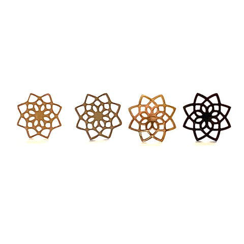 Detailed Flower Earrings