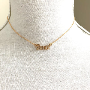 Amor Necklace Gold