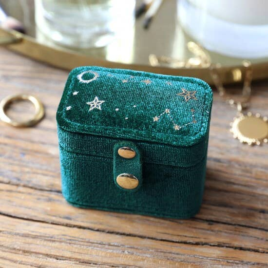 Velvet Ring Case from Lisa Angel