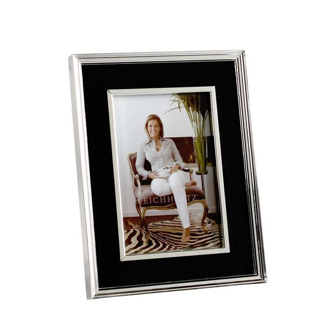 Picture Frame Taylor
