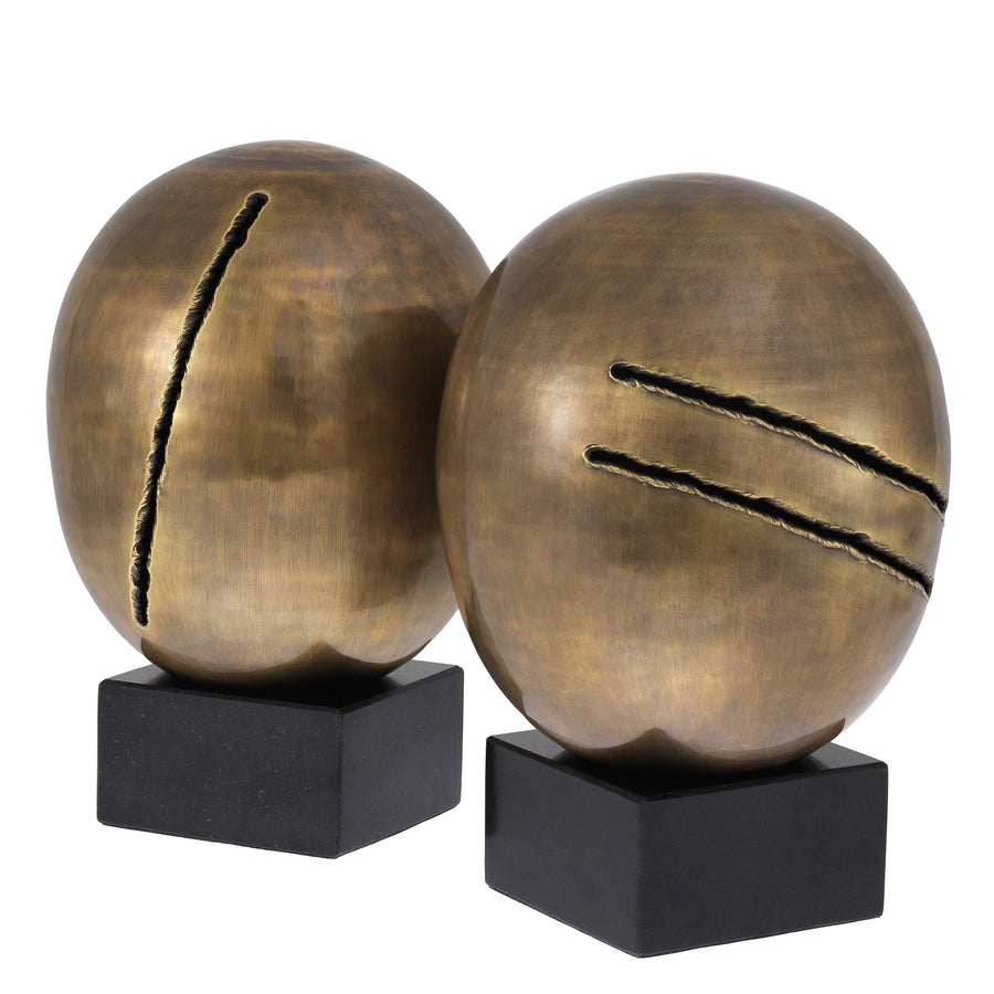 OBJECT ARTISTIC SET OF 2