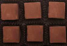 Load image into Gallery viewer, Salted Caramel Dark Chocolate Truffle cocoa powder hearts of 2.4oz 6 pieces per box