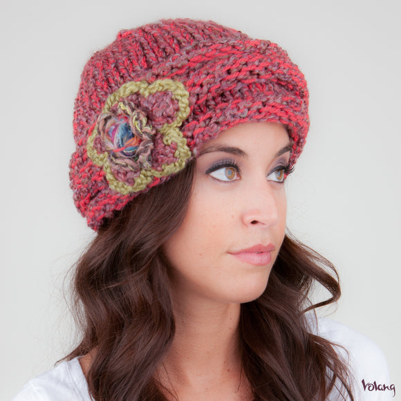 Rosebud Hat in Coral Mix