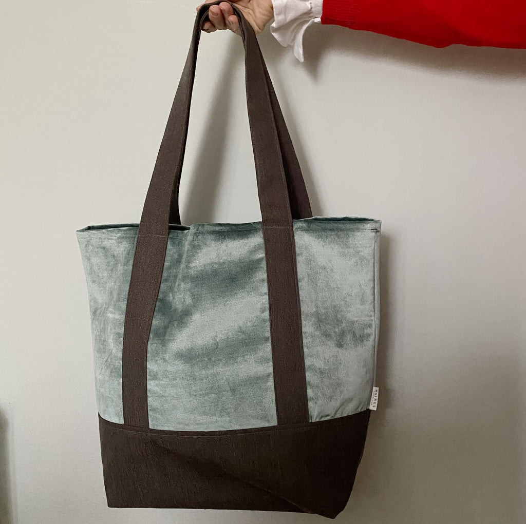 Velvet and Wool Tote Bag - Green