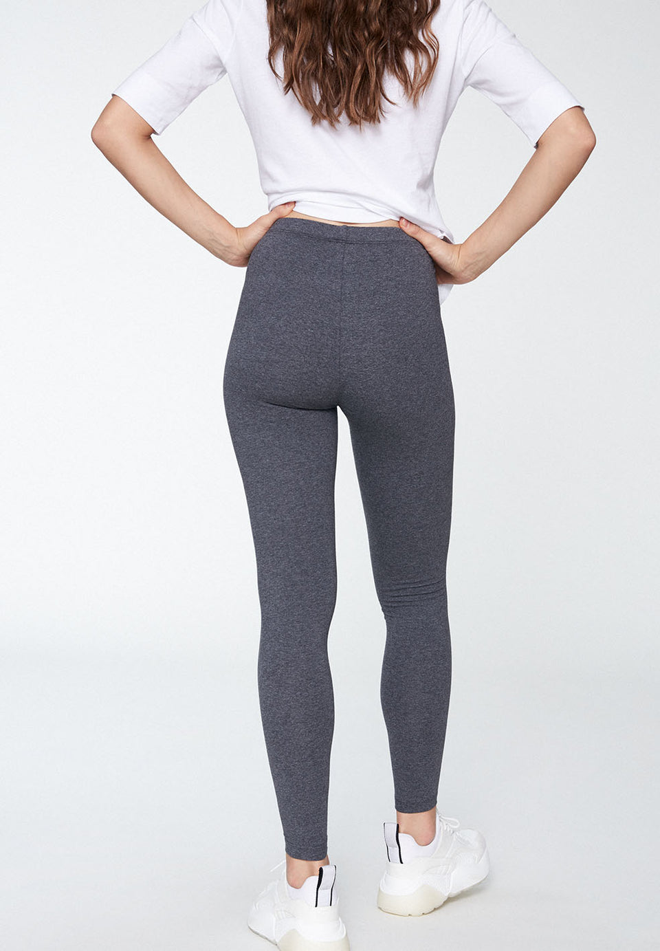 Shivaa Leggings in Dark Grey