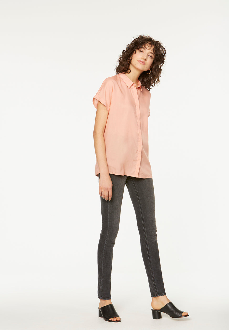 Zonjaa Blouse in Peach