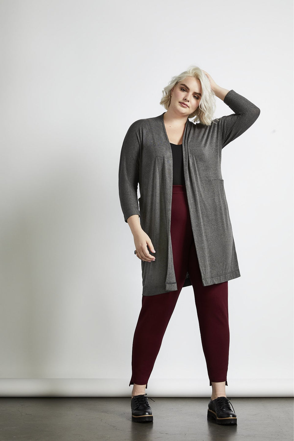 Oki Relaxed Cardi in Charcoal