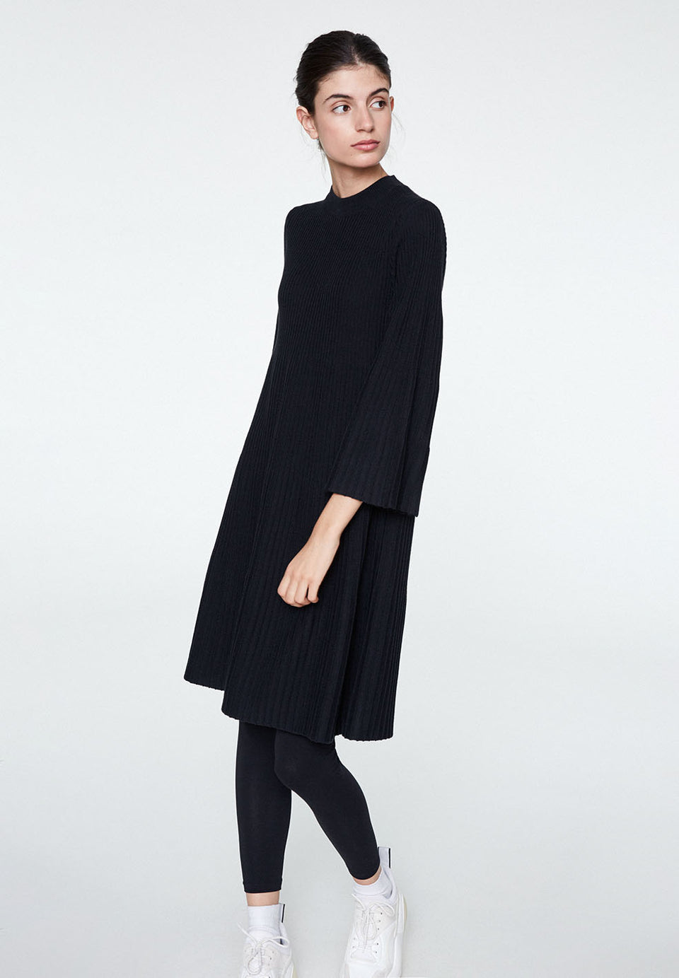 Liria Dress in Black