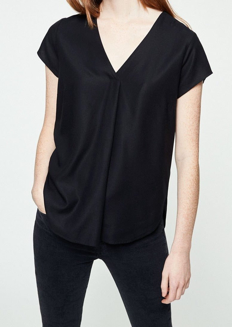 Rilaa Blouse in Black