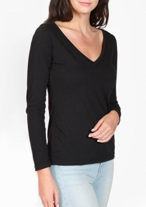 Long Sleeve V-Neck Tee in Black