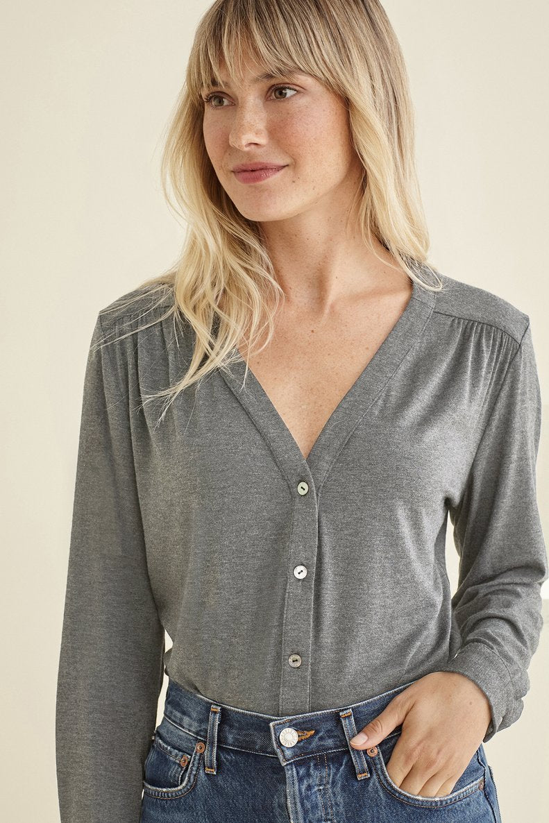 Indira Top in Marengo Grey