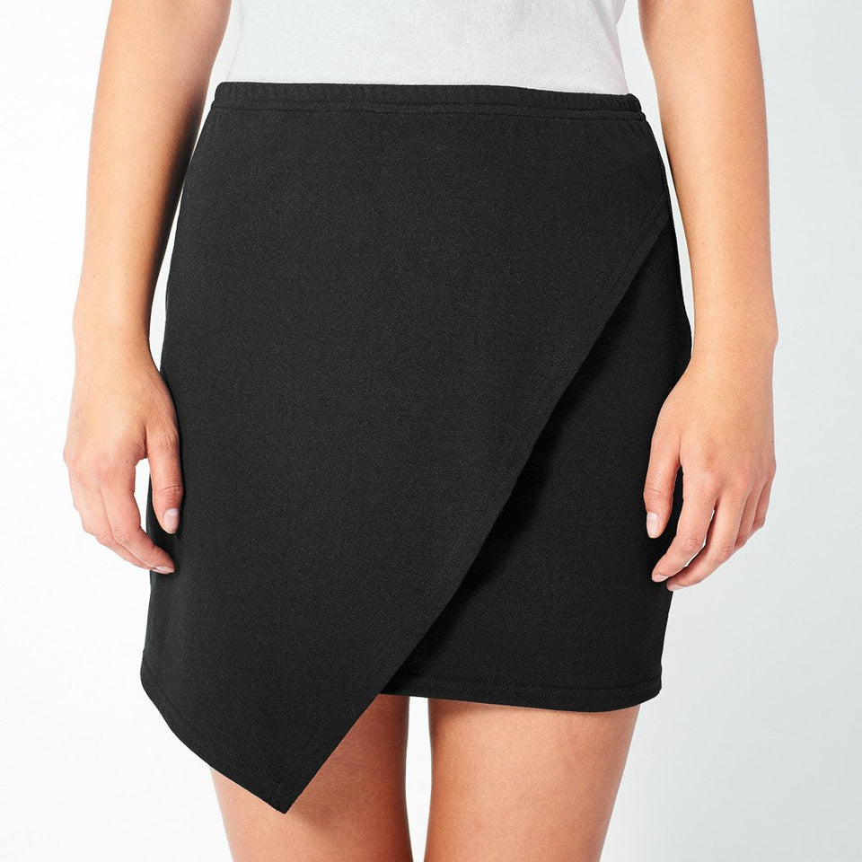 Drape Skirt in Black