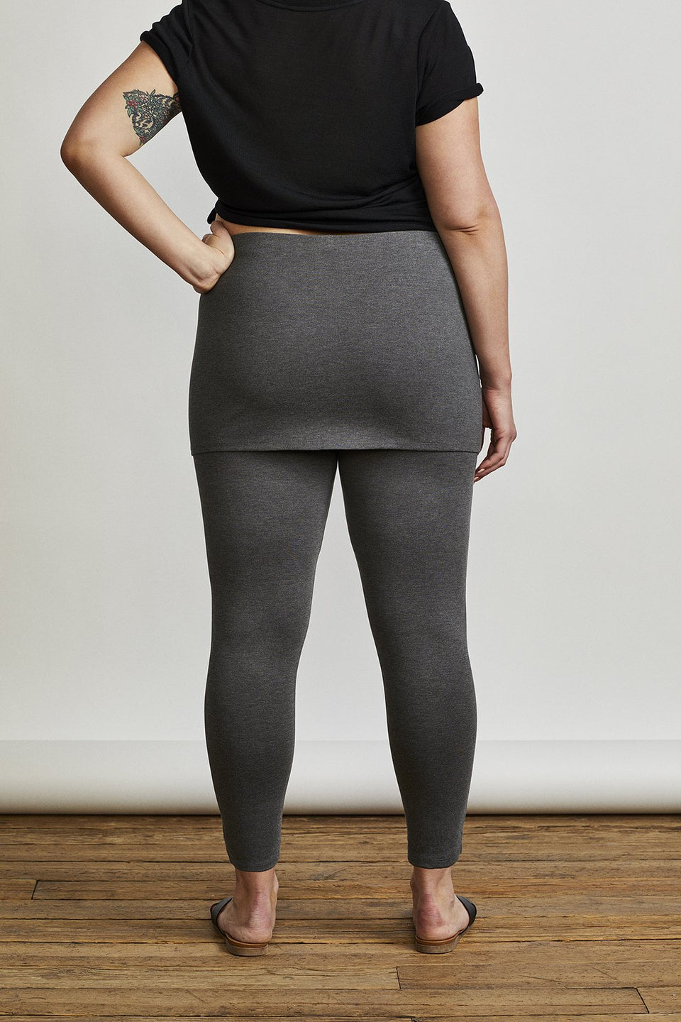 Market Skirted Legging in Charcoal Grey