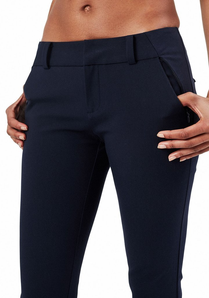 24/7 Pant in Midnight Navy