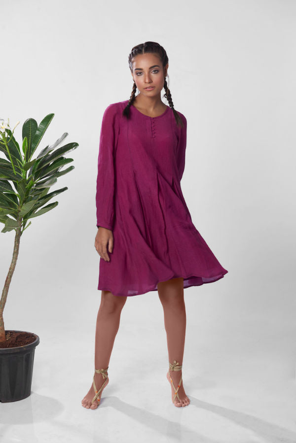 The Saptura Dress in Grape