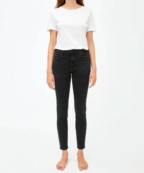 Tillaa Skinny Fit Mid Waist in Washed Down Black