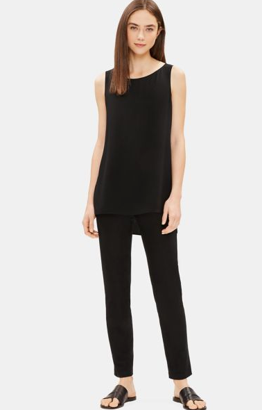 Crepe Slim Ankle Pant in Black