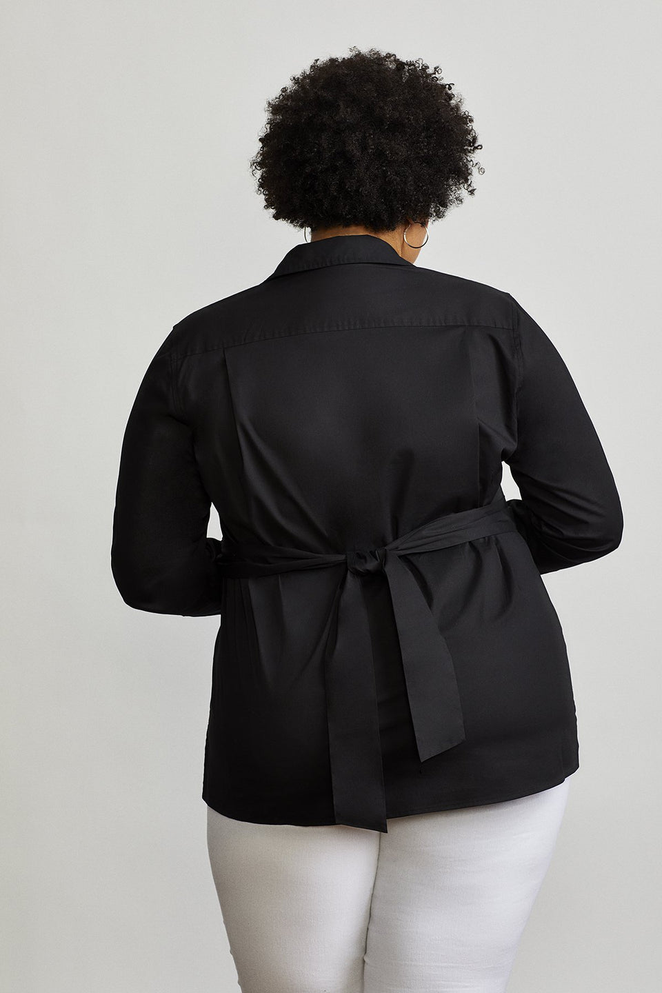 Tie-Waist Shelter Shirt in Black