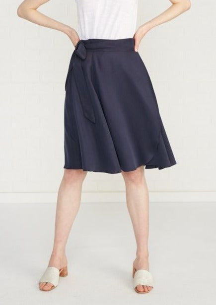 Lizzie Wrap Skirt in Navy