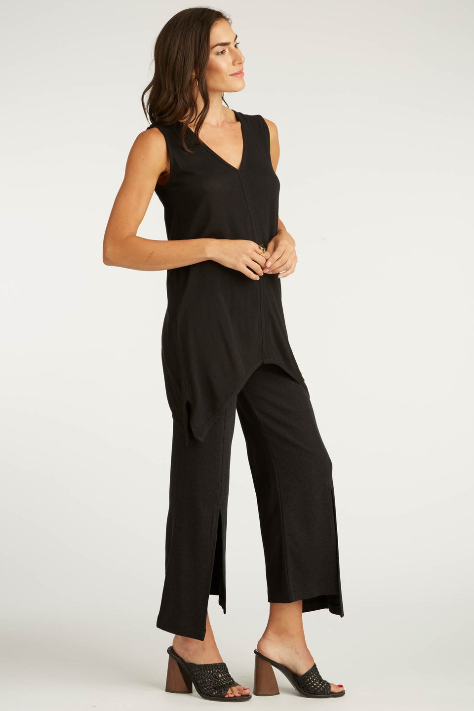 Cropped Slit Pant in Black