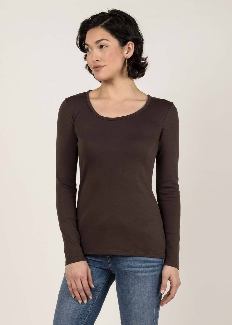 Essential Long Sleeve Scoop Tee in Mink