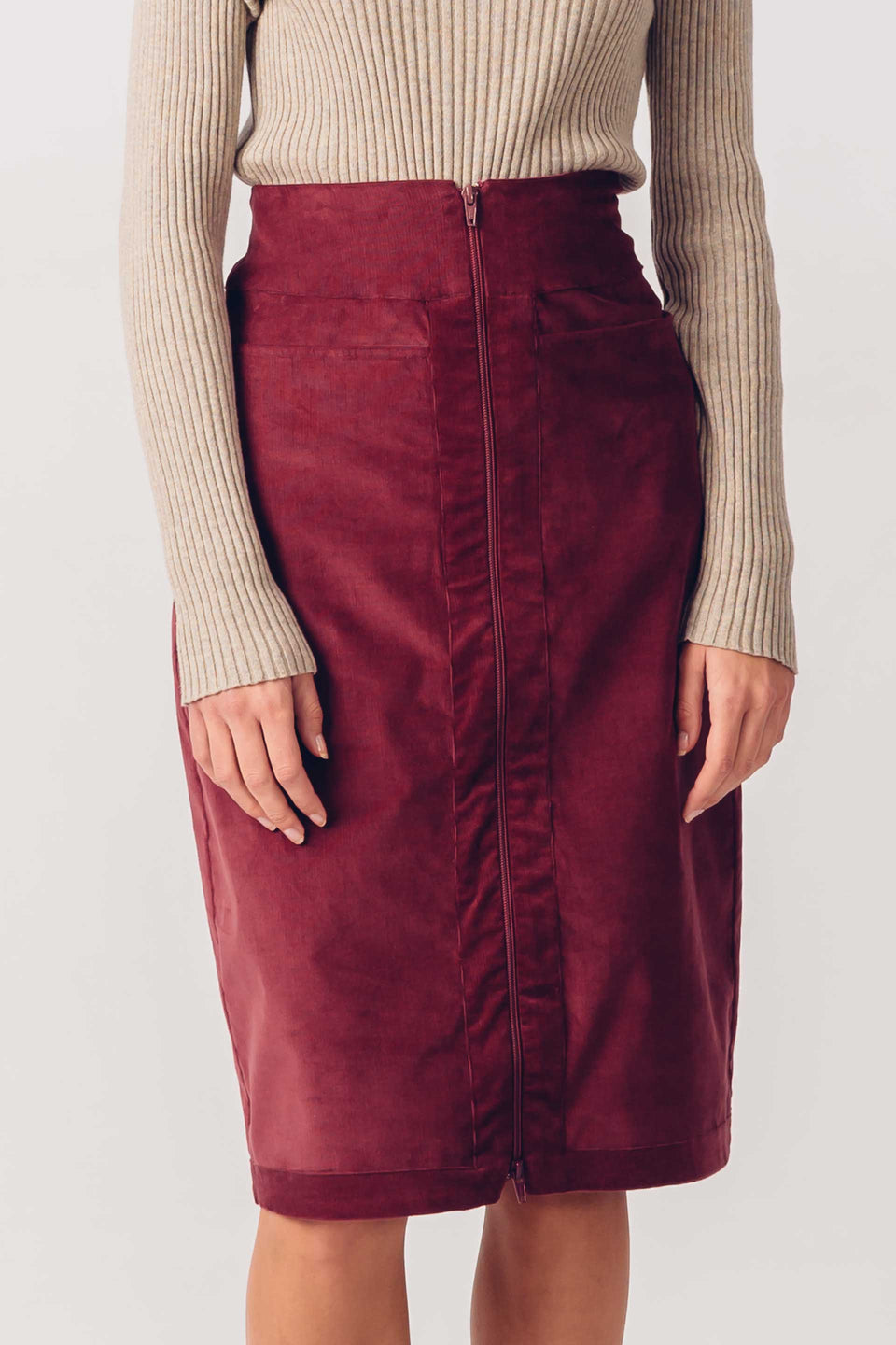 Ezozia Skirt in Burgundy
