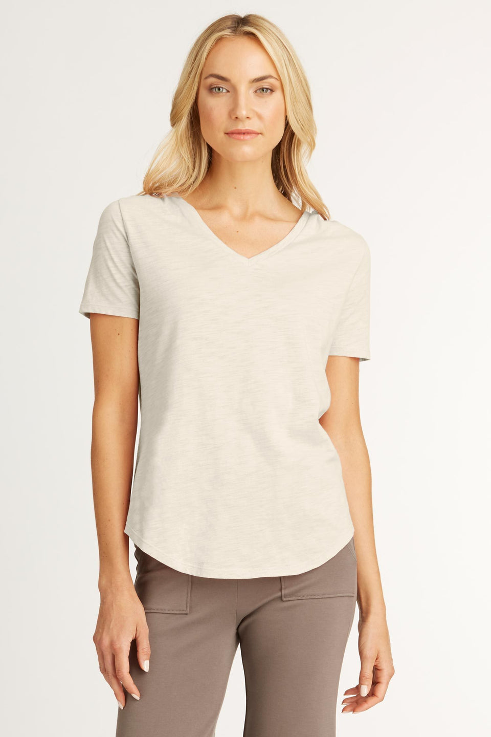 V Neck Tee in Pebble