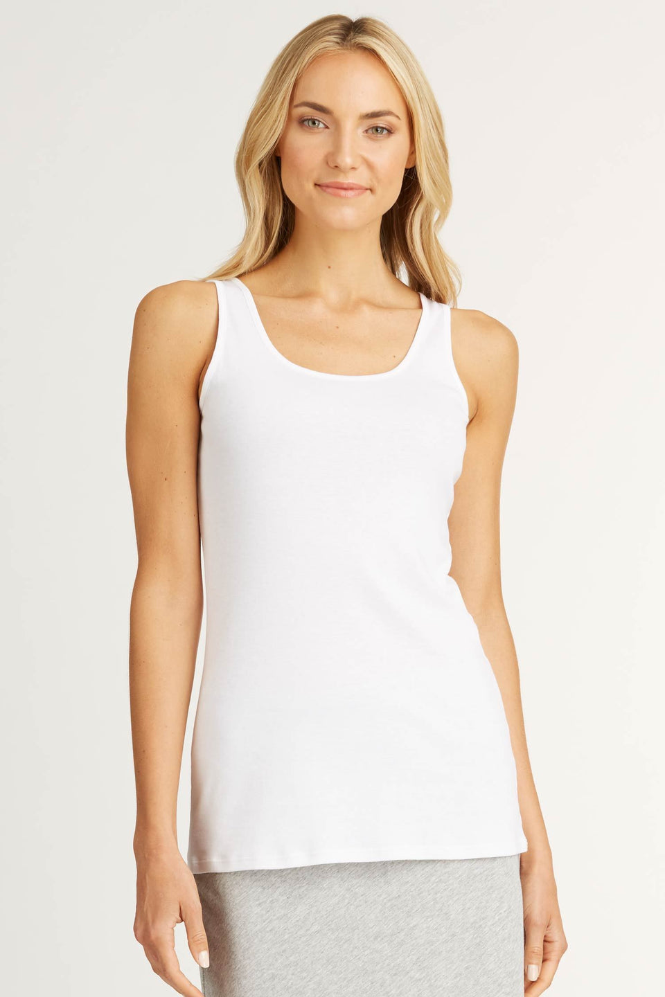 Essential Tank in White