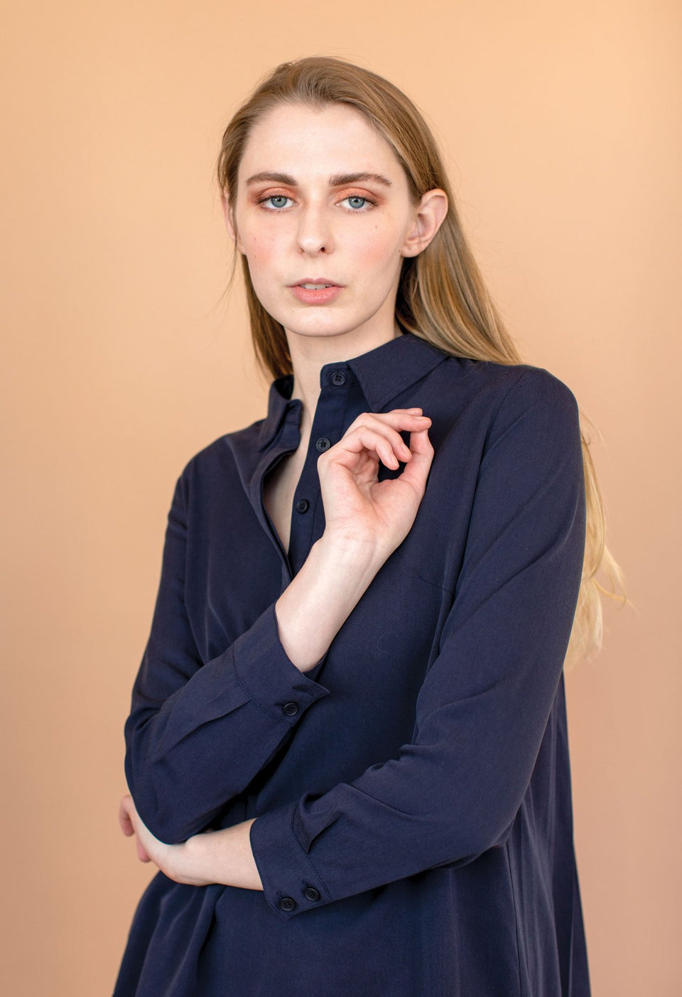 Woodfall Blouse in Navy