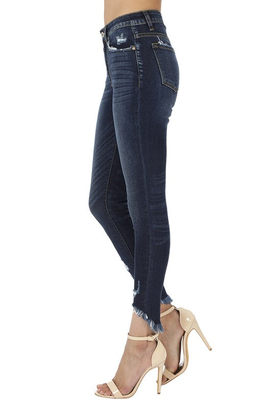 PIPER DISTRESSED FREYED ANKLE SKINNY JEAN