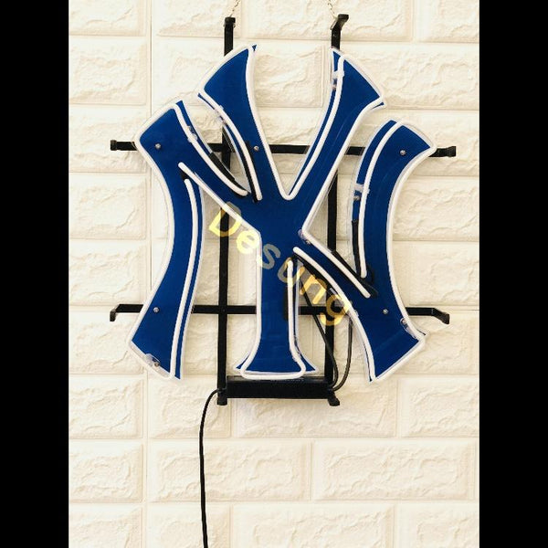 Desung New York Yankees (Sports - Baseball) vivid neon sign, front view, turned off
