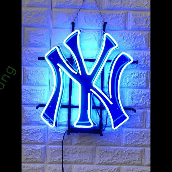 Desung New York Yankees (Sports - Baseball) vivid neon sign, front view, turned on
